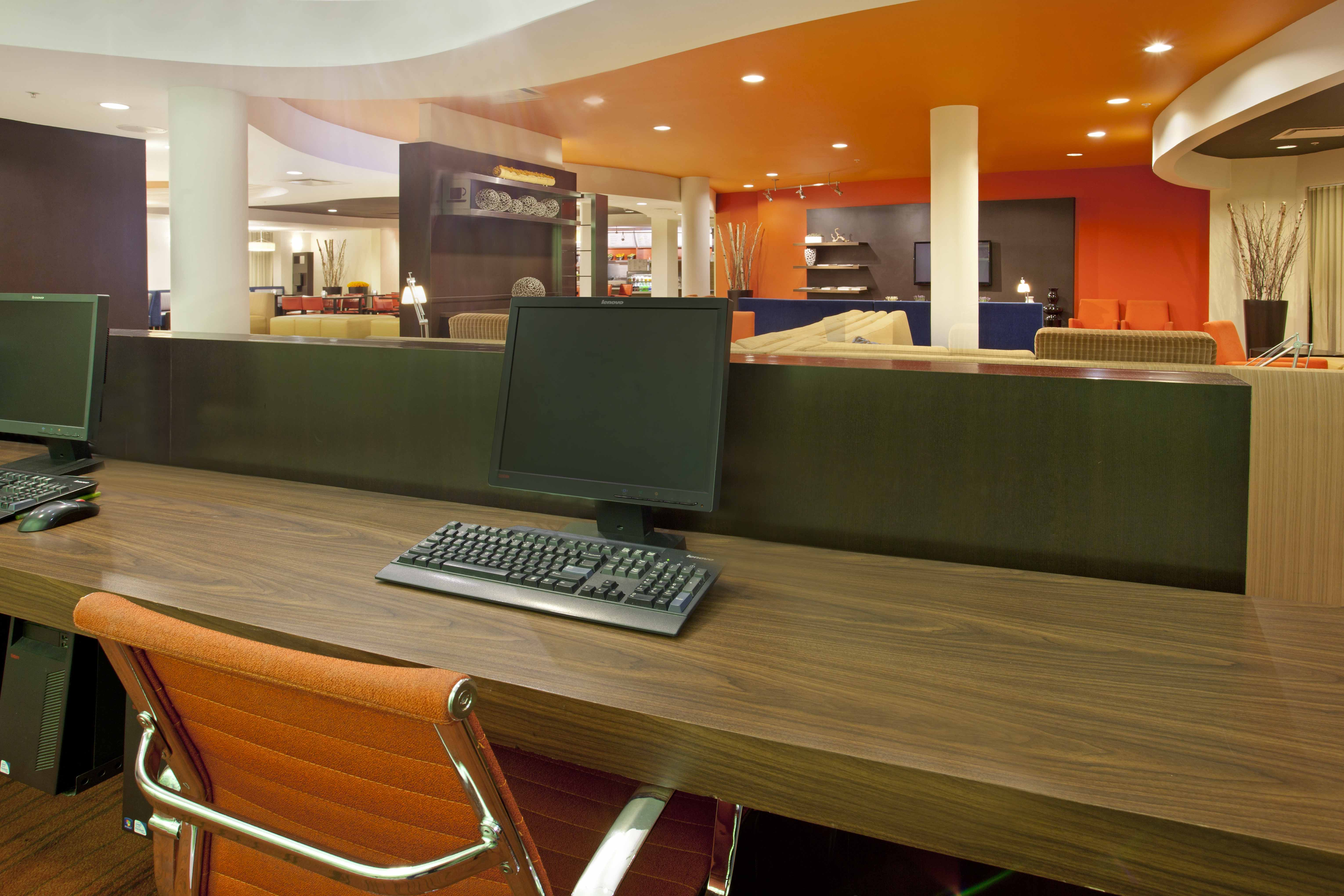 Courtyard Inn El Paso, TX: Business Center
