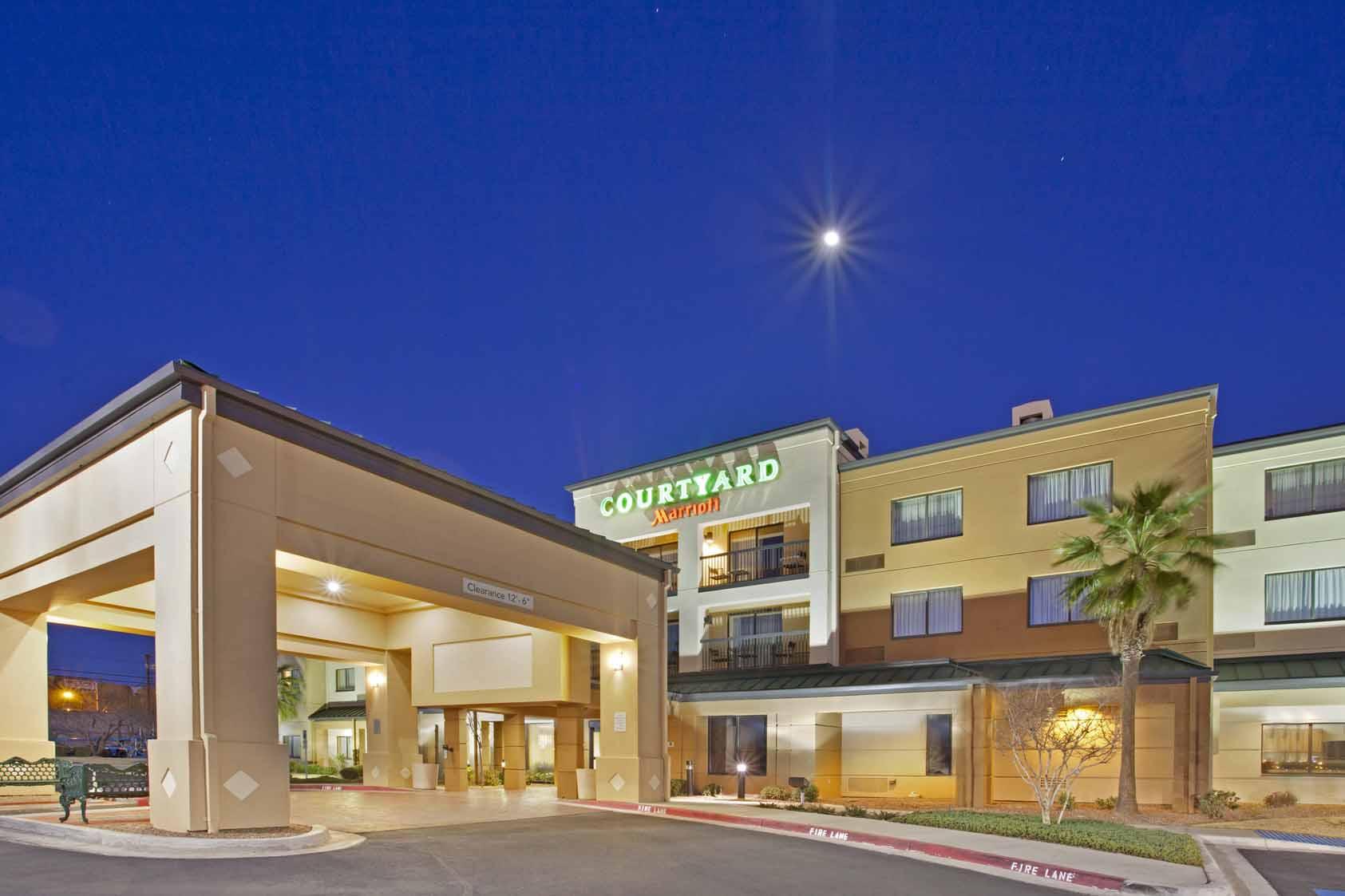 Courtyard Inn El Paso, TX: Exterior