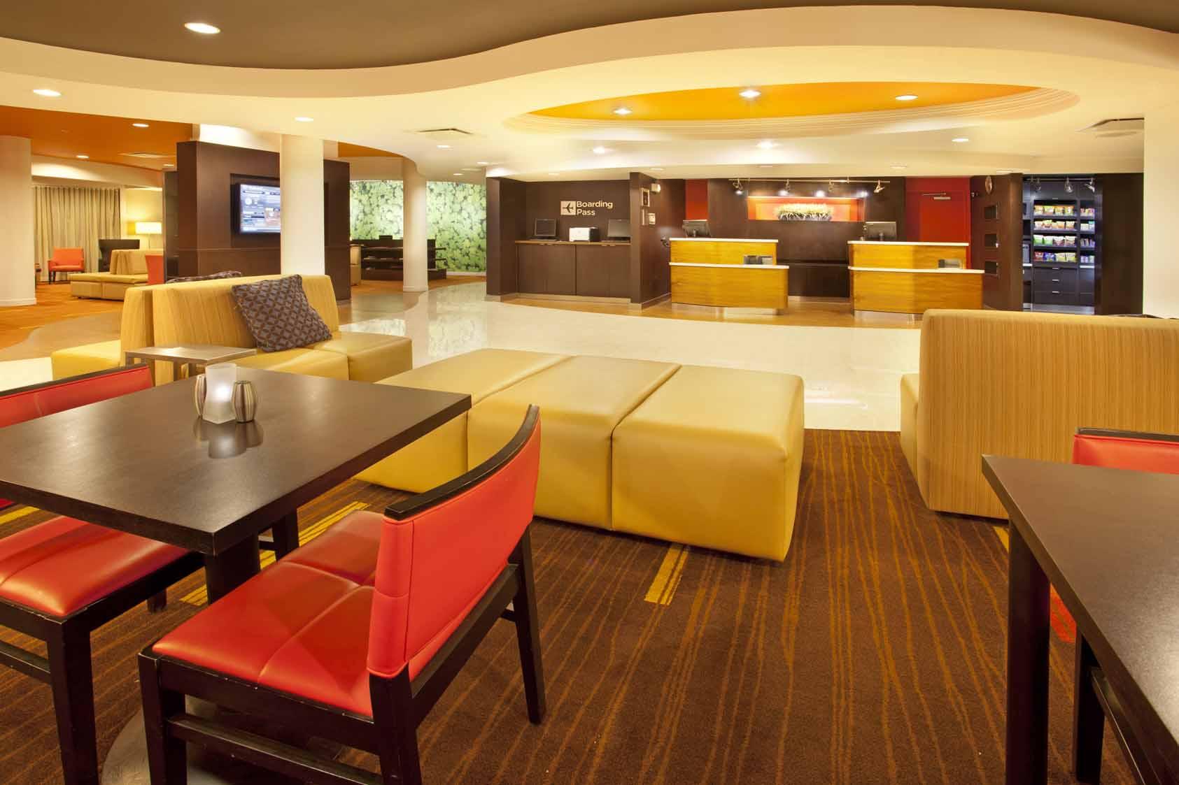 Courtyard Inn El Paso, TX: Lobby