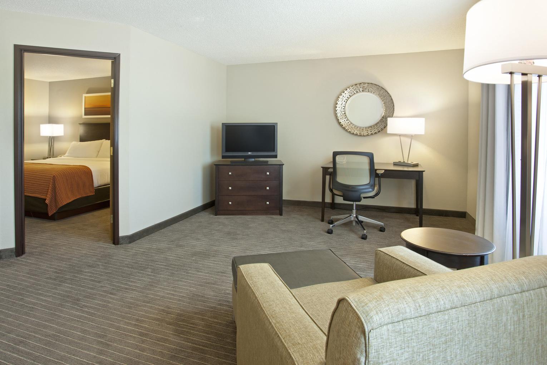 Holiday Inn Express Minnetonka, MN: One Bedroom Suite