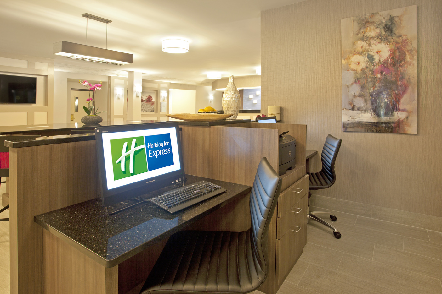 Holiday Inn Express Minnetonka, MN: Front Desk